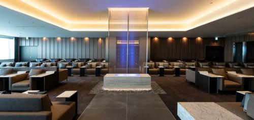 ANA Suite Lounge 1